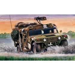 "Model Kit military 0249 - M 998 ""Desert Patrol"" (1:35)"
