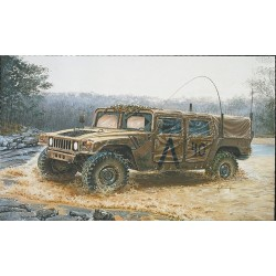 "Model Kit military 0273 - M 998 ""Command Vehicle"" (1:35)"