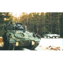 Model Kit tank 7229 - M3A2 ODS BRADLEY (1:72)