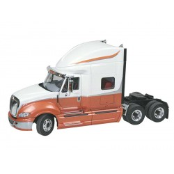 Plastic ModelKit auto 07411 - International Prostar (1:25)