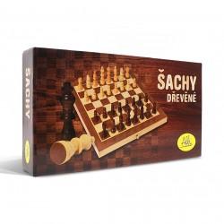 Šachy – drevené