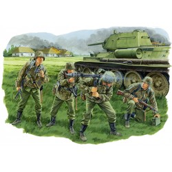 Model Kit figurky 6159 - PANZERGRENADIER, LAH DIVISION (KURSK 1943) (1:35)