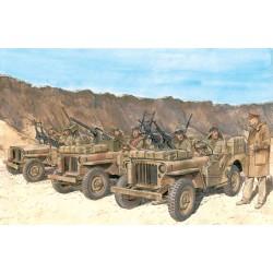 Model Kit figurky 6682 - SAS Vehicle Crews North Africa 1942 (1:35)